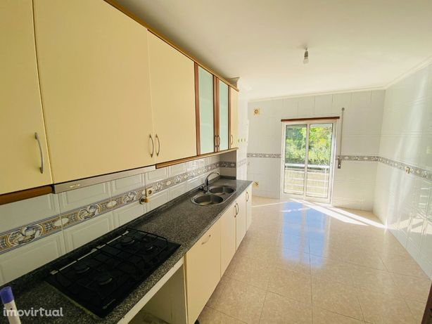 ARRENDAMENTO - Apartamento T2 em Lijó - Barcelos