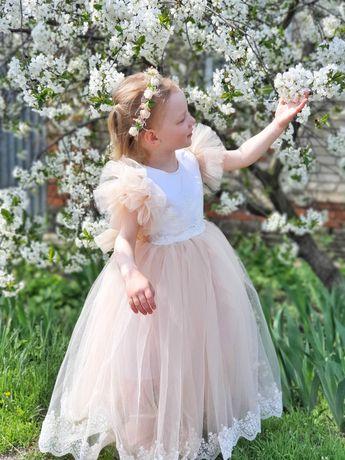 Платье белое праздничное из фатина 2, 3 года на девочку