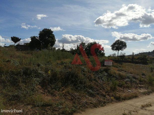 Terreno para construção com 5.849 m2 em Rio Côvo (Santa Eulália), Barc