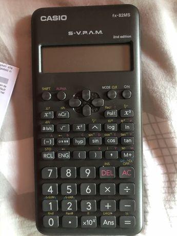 Calculadora NOVA da Casio fx-82MS