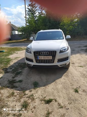 Продам Audi Q 7  Premium plus