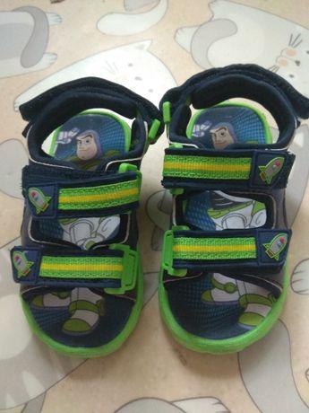 Обувь сандали босоножки взуття