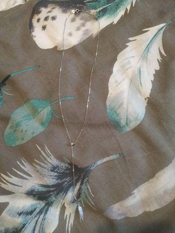 Łańcuszek srebrny z piórkiem
