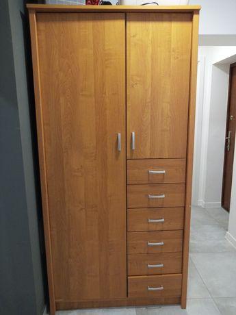 Szafa brązowa szuflady półki wieszaki w bardzo dobrym stanie