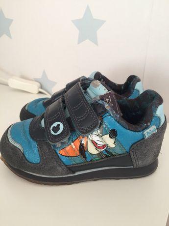 Sapatilhas Adidas / Disney 21 / ténis / carneiras / sapatos