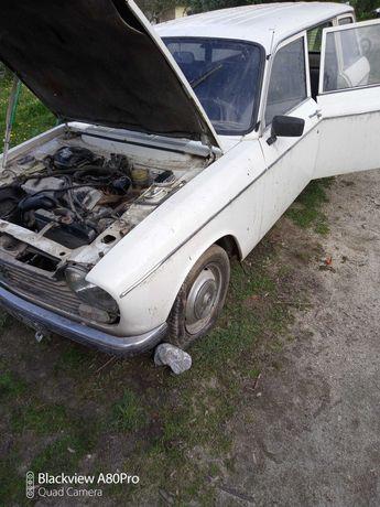Clássico antigo Peugeot 204 break