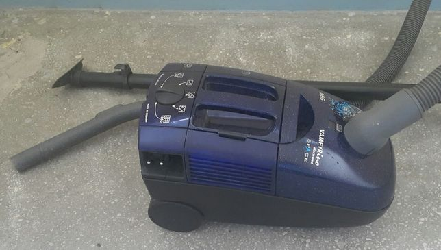 odkurzacz AEG Vamperino electronic space 1500