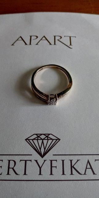Pierścionek z diamentami / żółte złoto