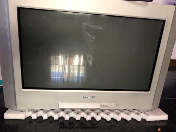 Vende-se TV Sony antiga (NOVO PREÇO)