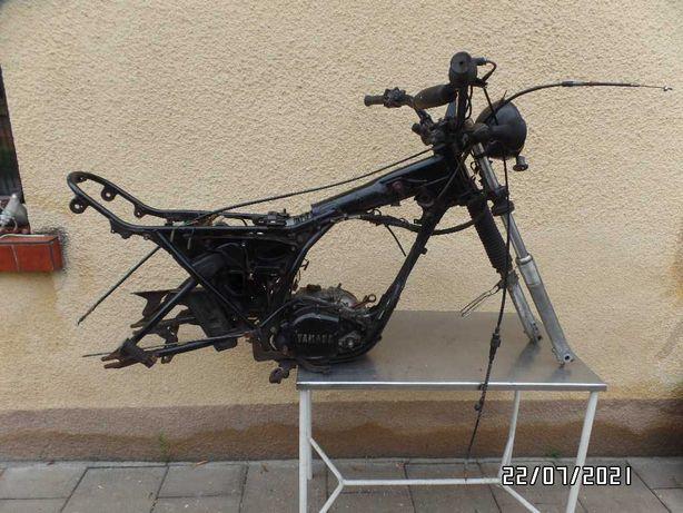 YAMAHA DT 125 MX kompletna rama z zawieszeniem i kawałkiem silnika