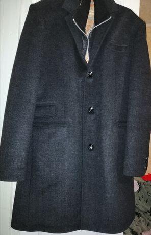 Пальто новое в наличии 1 размер