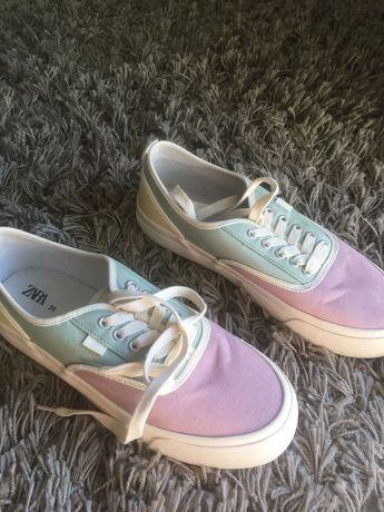 Sapatilhas/ténis Zara