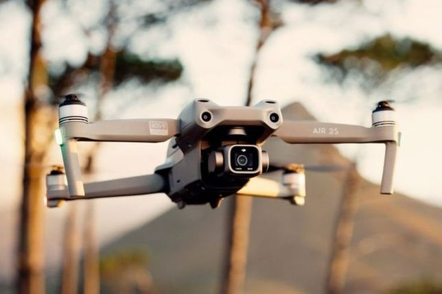 Wynajmę dron DJI air 2s