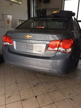 Крышка багажника бампер стопарь Chevrolet Cruze 09-14 запчасти