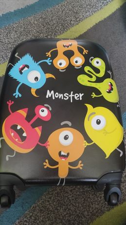 Plecak i walizka dla dziecka bagaż podręczny