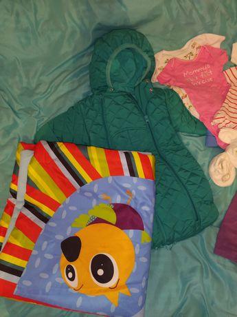 Детские вещи на ребенка от 0-4месяцев(на девочку)