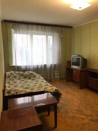 Предлагается в аренду 1 к. квартира ул.Вадима Гетьмана 38,м. Шулявская
