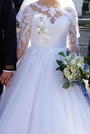 Плаття весільне, біле + подарунок