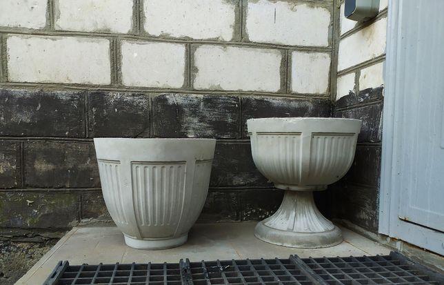 Вазоны из бетона , целые и бракованные
