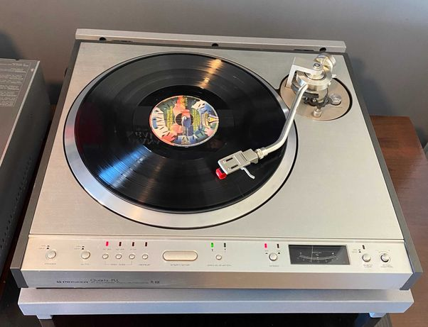 Pioneer PL630 - Gira discos vintage