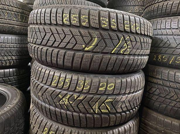 255/35/20 R20 Pirelli Winter Sottozero 3