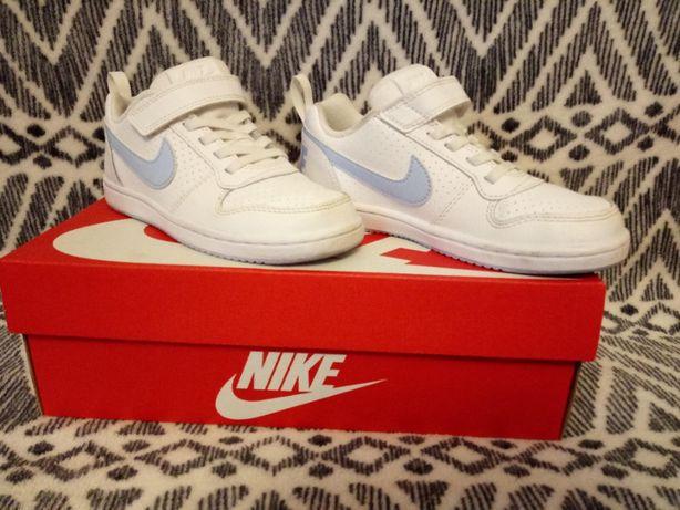 Buty chłopięce sportowe Nike Court, białe rozm. 30