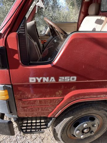 Toyota Dyna 250 ligeira