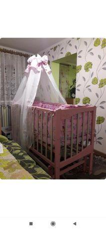 Кроватка для девочки + постельное