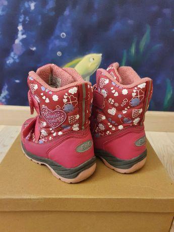 Ботинки на девочку B&G