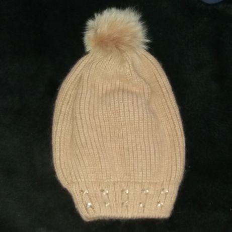Детская шапка, шапка на девочку,шапка с бубоном,бубон,помпон, шапка
