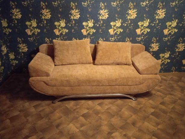 Продам диван в хорошем состоянии 10000руб.0713977203