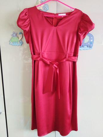 Elegancka sukienka ciążowaTorelle roz. M, satyna kolor czerwień wino.