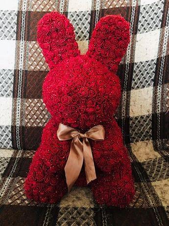 Królik z Róż powyżej 40 cm wys