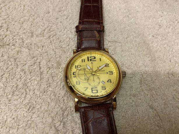 Наручные часы с датой Годинник