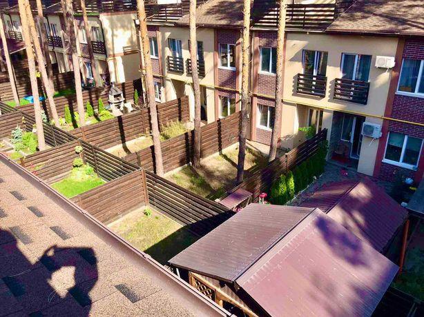 Готовый таунхаус с террасой напротив парка в Гостомеле.