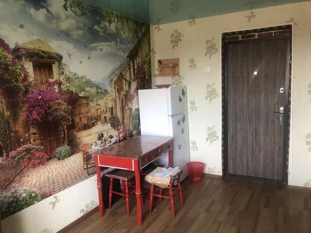 ПРОДАЄТЬСЯ кімната в гуртожитку в хорошому районі