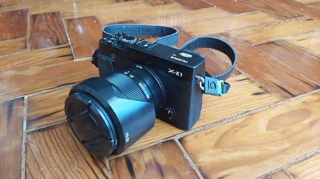 Fuji Fujifilm X-E1  Fujinon XC 16-50/ 3.5-5.6 OIS (Preto)