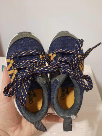 Нові дитячі кросівки OshKosh, детские кроссовки