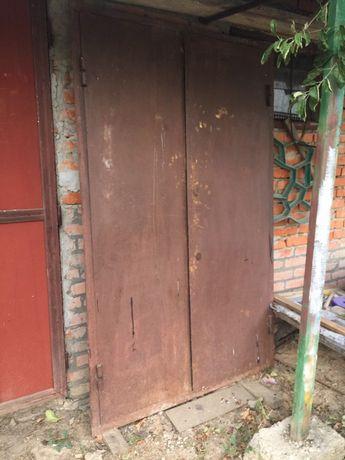 Железная ( металическая ) дверь
