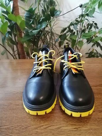 Женские туфли 40-41 размер