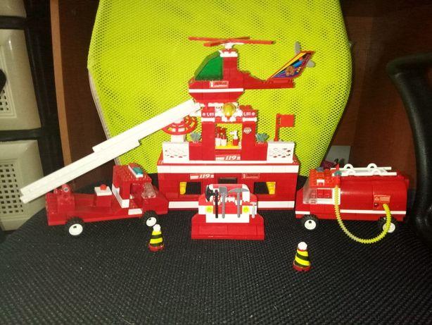 lego, конструктор лего набор пожарная часть,база,машинка,вертолет,лот
