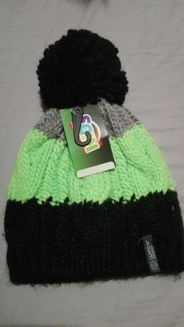 Nowa czapka zimowa z pomponem ok 3-5 lat
