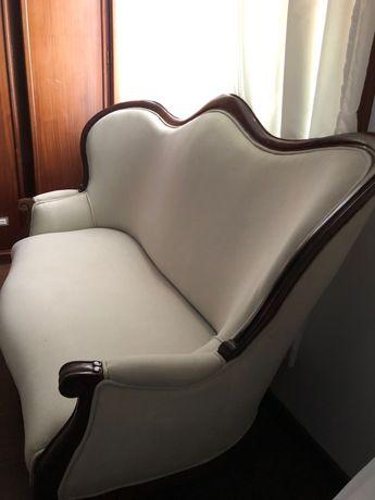 Canapé branco clássico
