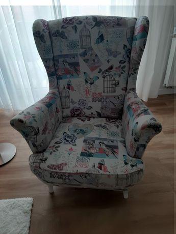 Fotel z motywem