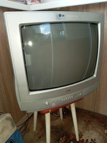 Продам Телевизор LG