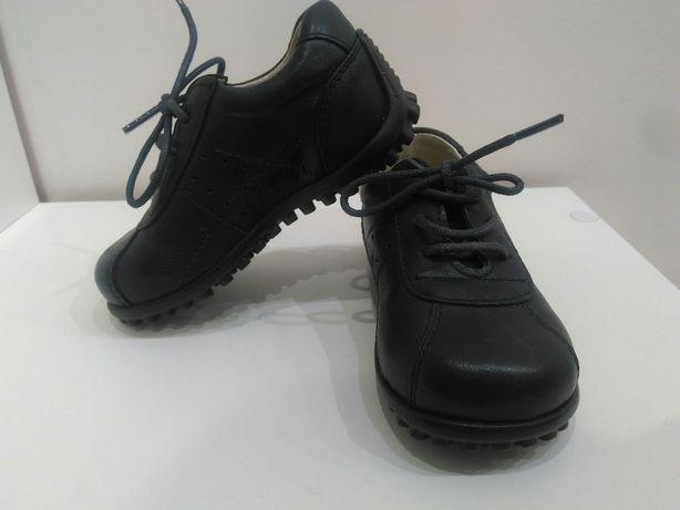 Продам новые туфли, для мальчика, кожа, 22 р.