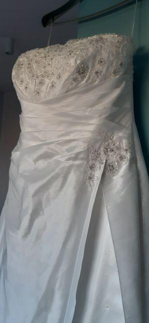 Suknia Ślubna TRÉS CHIC model 4083SN r.48