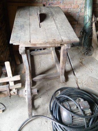 Piła cyrkularka stołowa silnik