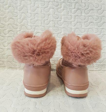 Зимові чобітки, чоботи для дівчинки