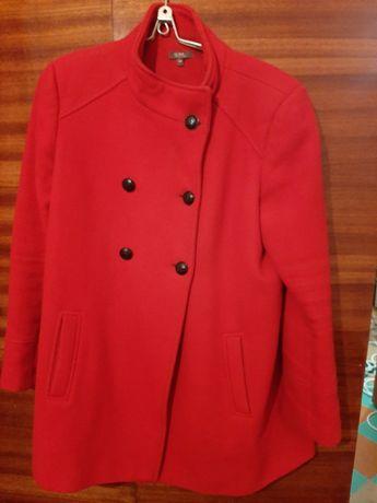 Женское весеннее пальто красного и белого цвета НОВОЕ